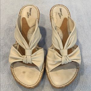 Gently Used Born Wedge Sandals